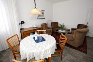 Wohn- und Esszimmer-Bild-2